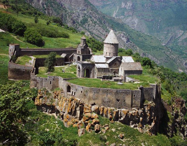 صومعه Tatev
